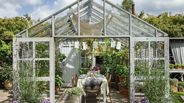 Glass room or summer room