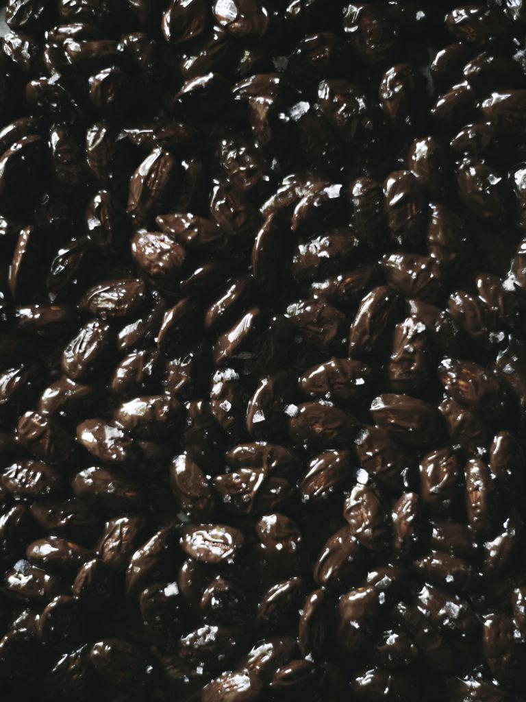 Suklaa-suolamantelit