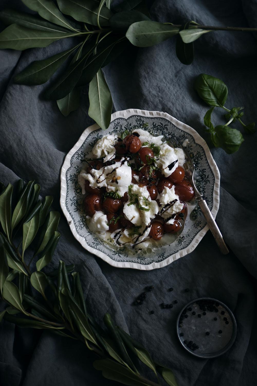 Parempi tomaatti-mozzarellasalaatti