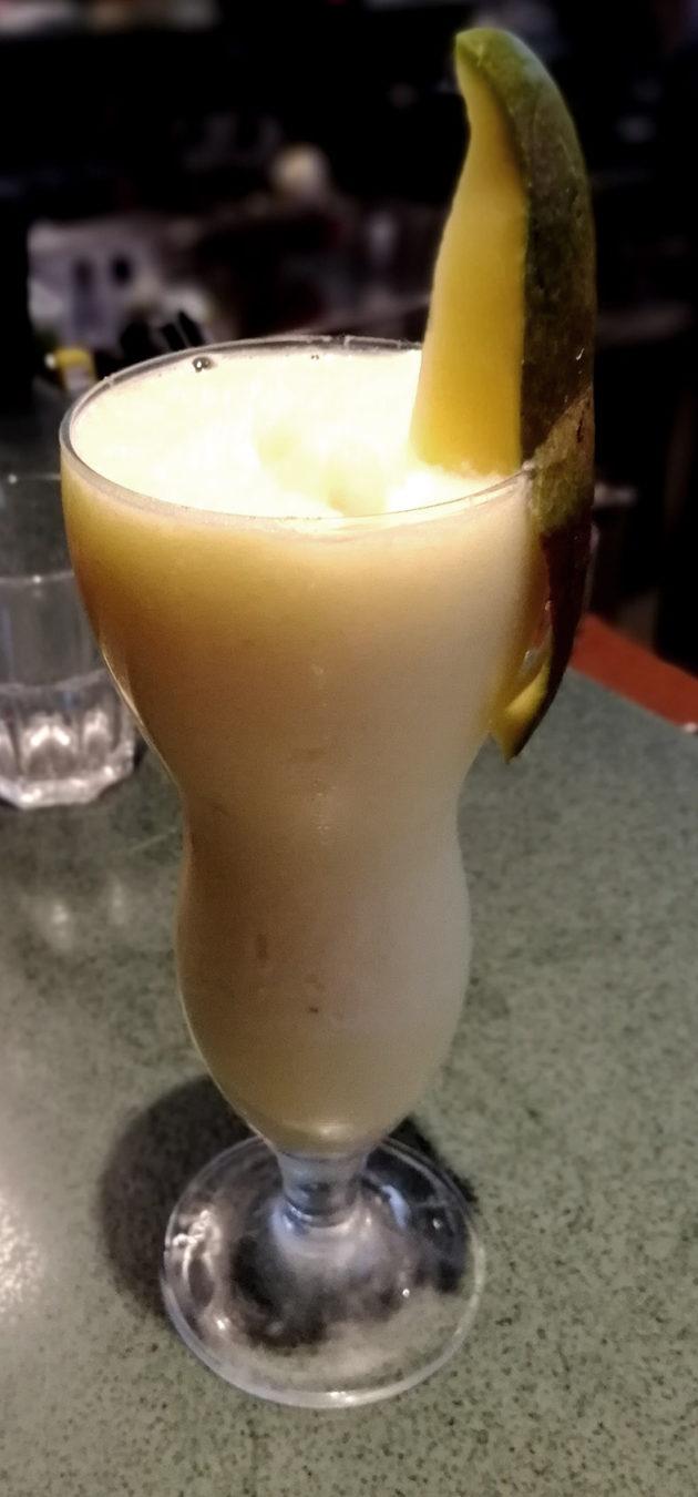 creamy mango moctail
