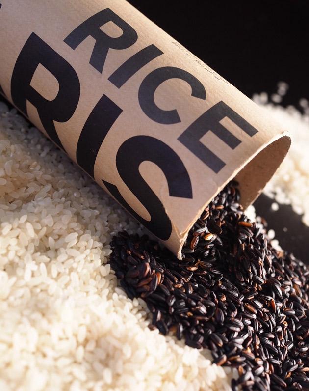Mustaa riisiä