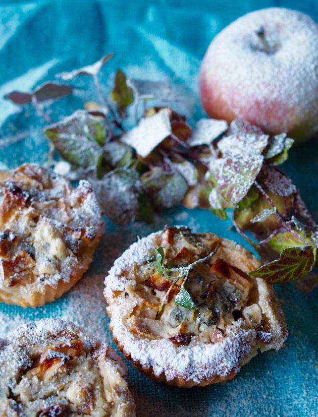 Omena-vuohenjuustopiiraat