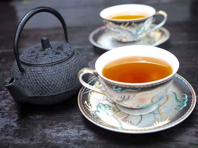 teetäjasympatiaa-kaksi-kuppia