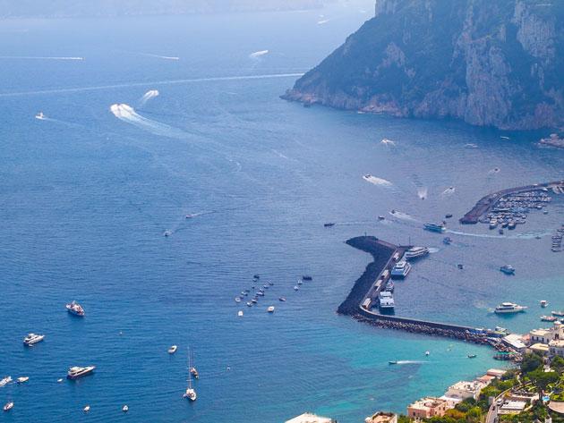 häämatkalle italiaan, caprin saari