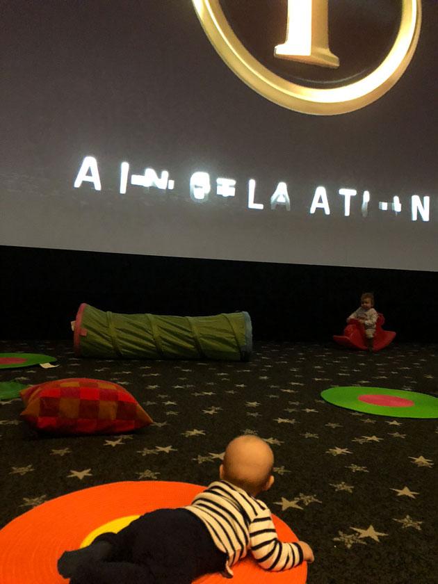 finnkino vauvakino, vauva elokuvissa