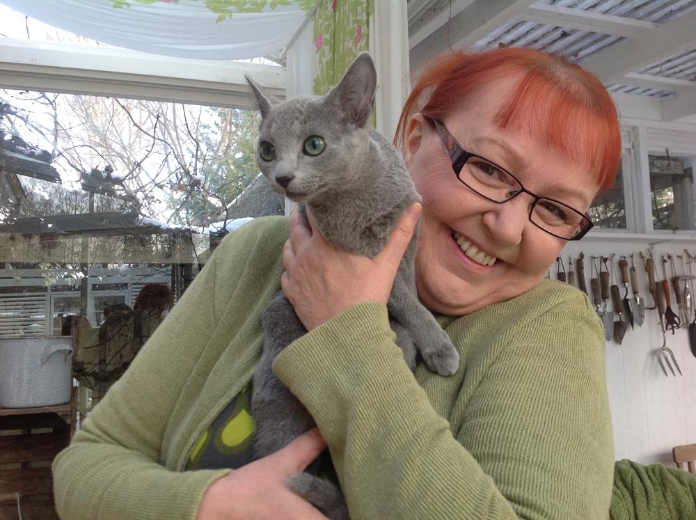 puutarhatoimittaja ja kissa
