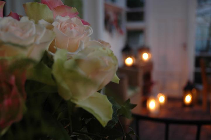 ruusun-ta-kynttilat