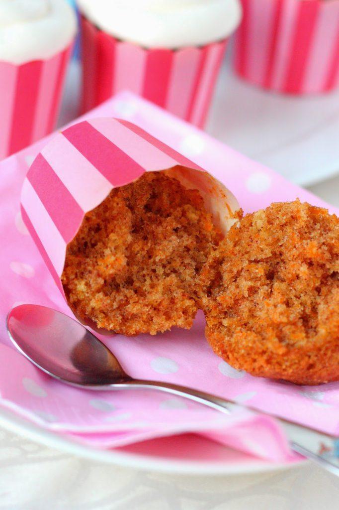 Helpot ja mehevät porkkanamuffinit
