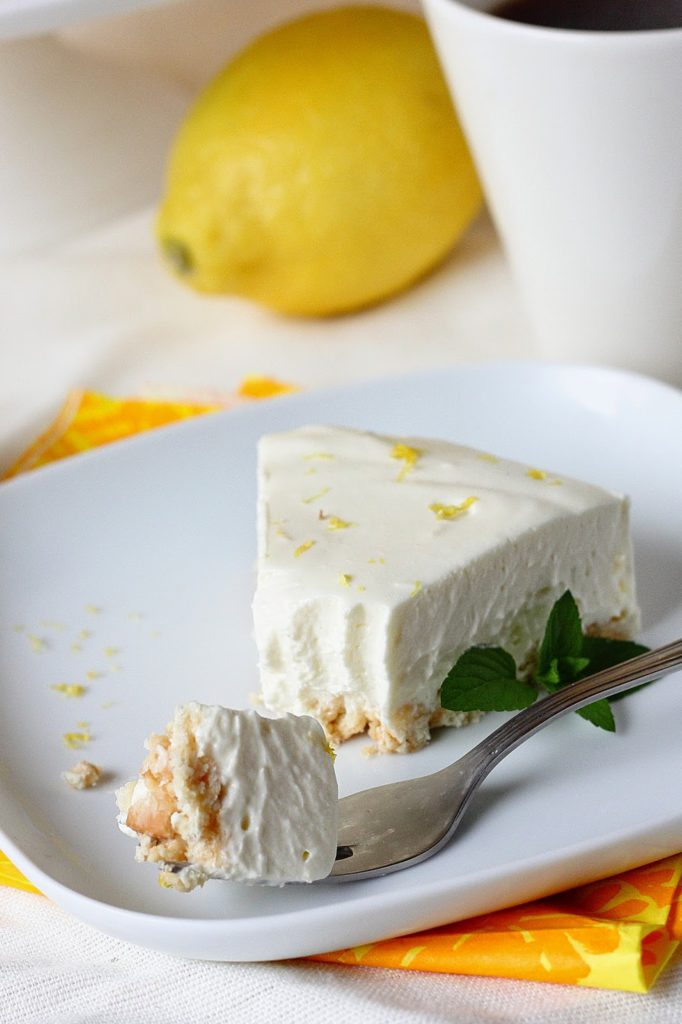 Liivatteeton juustokakku