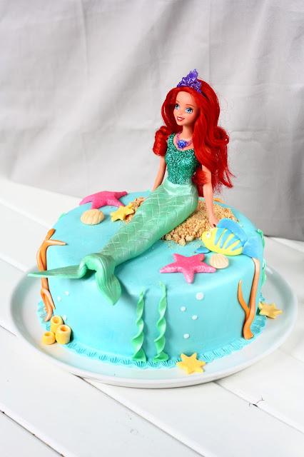 Merenneito kakku tytön synttäreille