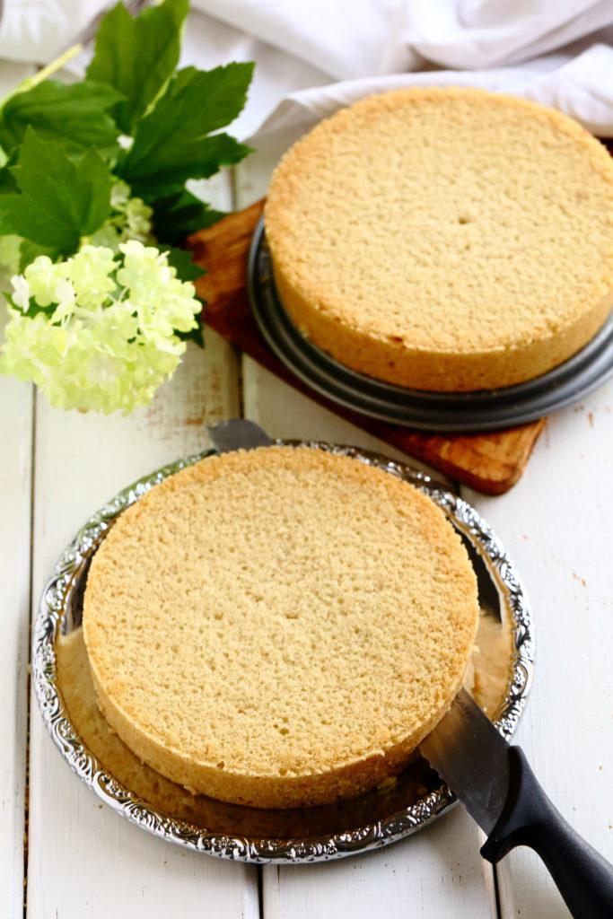 Helppo ja mehevä kakkupohja