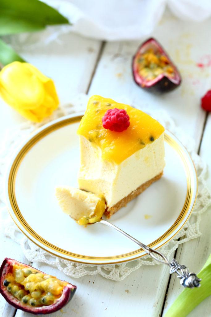 Pehmeä mangotäyte ja rapea keksimurupohja ovat ihana pari