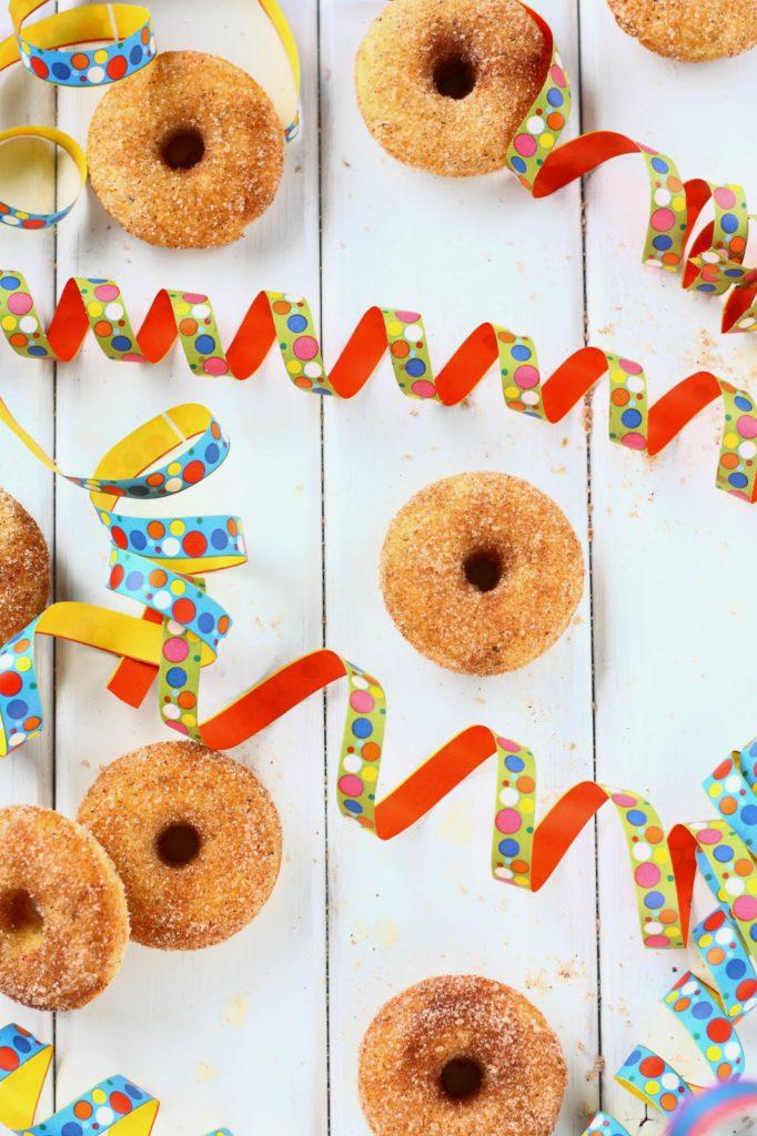 Helpot donitsit uunissa