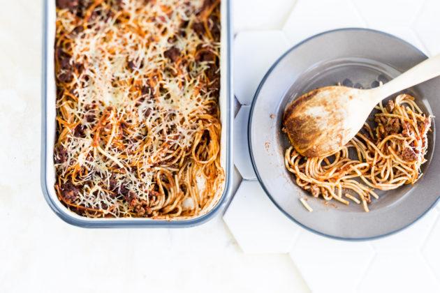 Spagettivuoka on Vappu Pimiän lasten suosikkiruokaa.