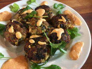 Kananjauhelihasta syntyy maukkaat pullat thaimaalaisittain.