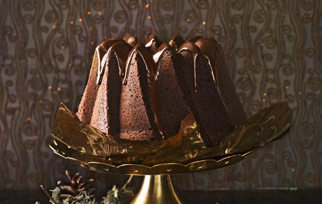 Suklaakuorrutteinen kuivakakku