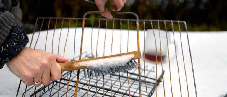grillin puhdistus, grilli puhtaaksi, grilli, puhdistaminen, peseminen, pidä grilli puhtaana