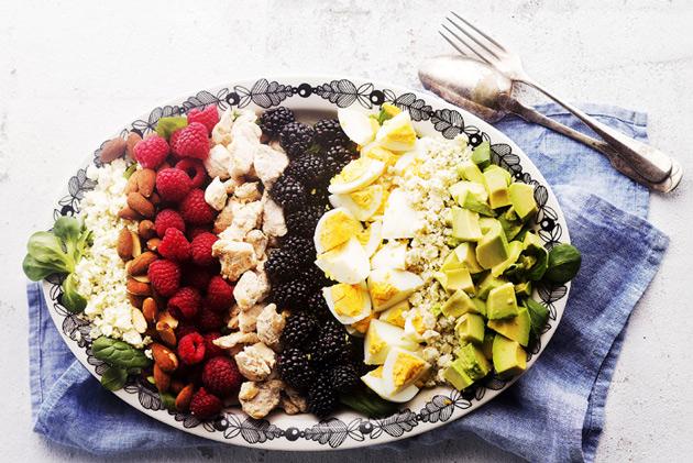 cobb ruokaisa salaatti