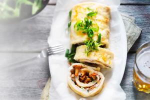 juustoinen kantarellimunakasrulla