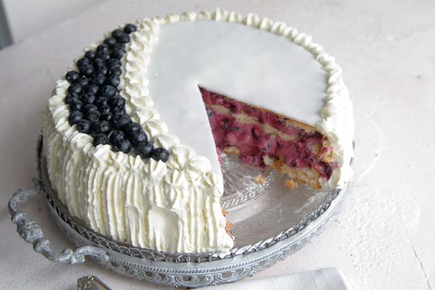 mustikkatäytekakku, yo-kakku