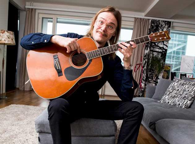 Stig ja akustinen kitara