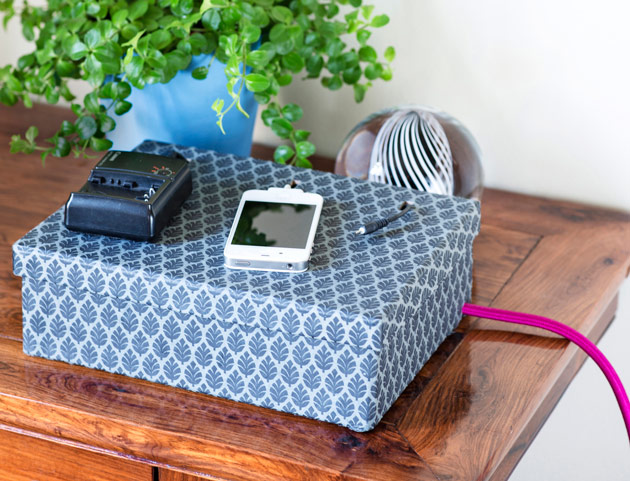 Kuva - Tee älypuhelimille näppärä latauslaatikko