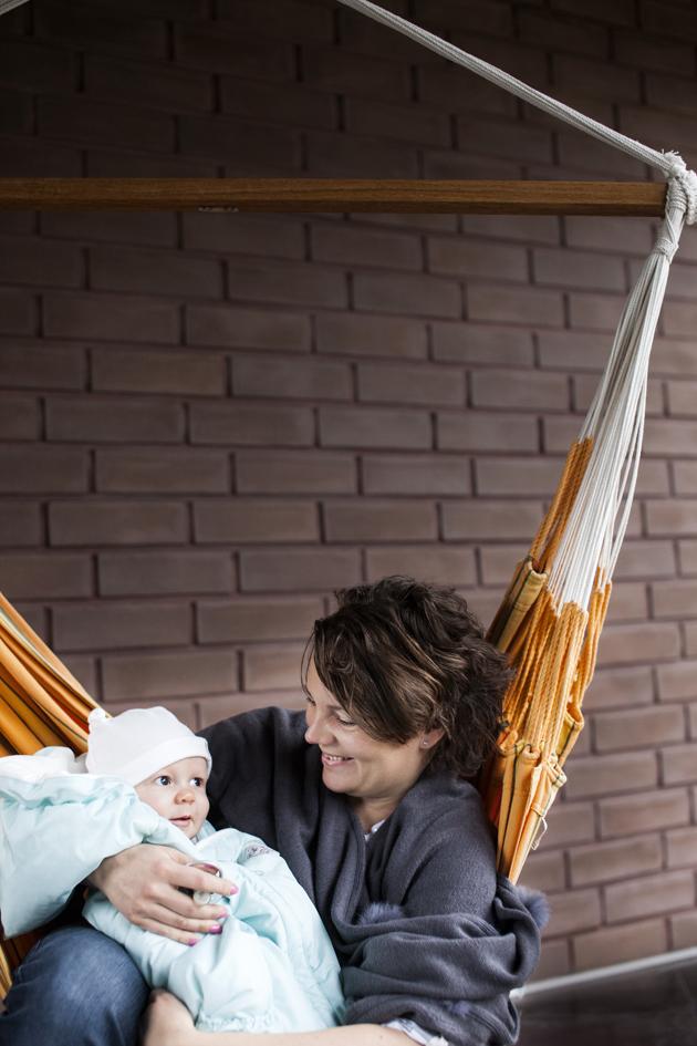 Kotiliesi, Onnen hetket juttusarja, Annika Arminen ja Eino-vauva
