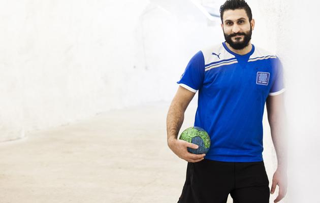 Kotiliesi, Onnen hetket-juttu, pakolaisena Suomeen tullut Ali Aneed, käsipalloilija Irakista