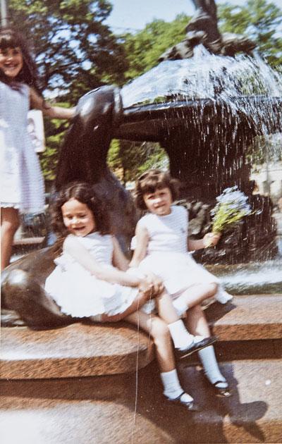 Laila Snellman ja sisarukset