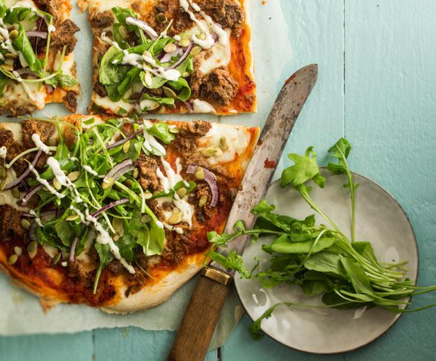 Nyhtökaura-tomaatti-mozzarellapizza