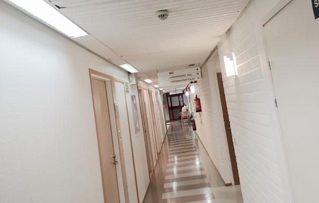Sairaalan käytävä