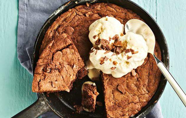 Cookie skillet, suklainen pannukeksi