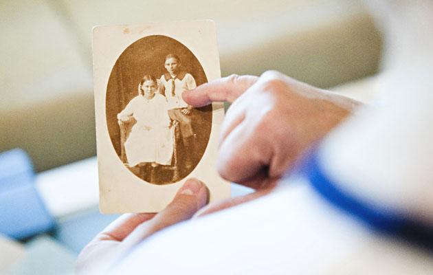 Sukututkimus ja vanhat valokuvat