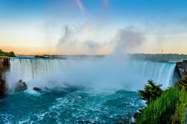 Niagaran putoukset sijaitsevat Kanadassa