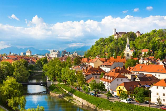 Slovenia sopii aktiivilomailijalle