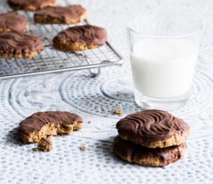 gluteenittomat suklaa-kaurakeksit