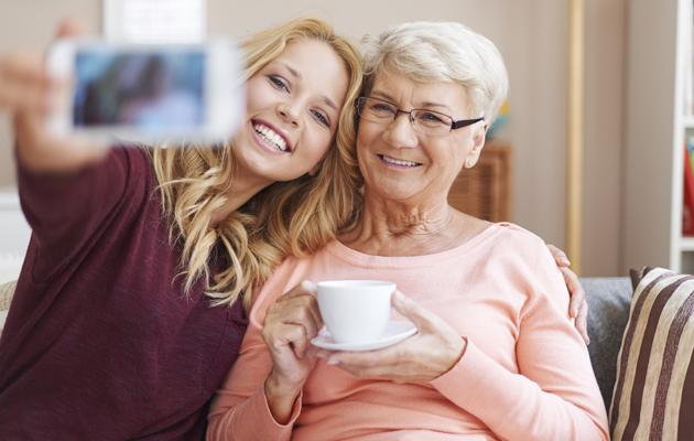 Isovanhempi näin pidät helposti yhteyttä lastenlapsiisi