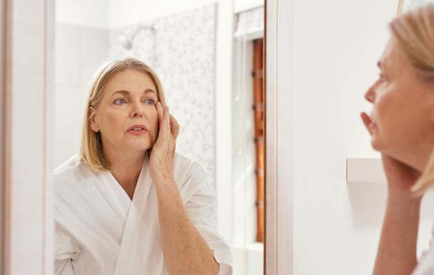 maksaläiskä, pigmenttiläiskä, kasvoissa, hoito, pois, syy, ehkäiseminen, ehkäisy
