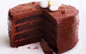 Suklaakakku kuuluu myös pääsiäiseen
