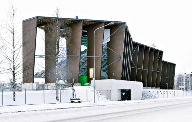 Railo, Rovaniemen keskuskentän katsomo- ja monitoimirakennus.