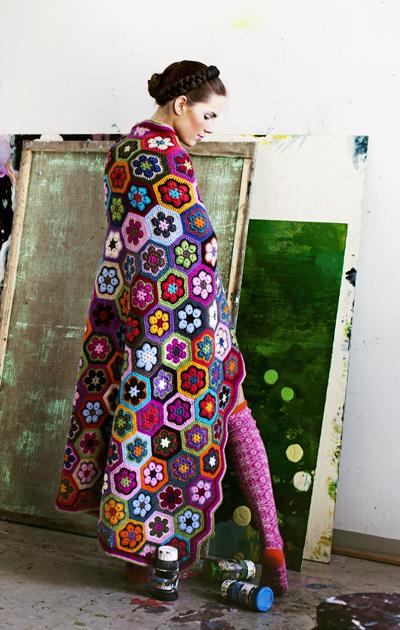 Värikäs afrikkalainen torkkupeitto villalangasta