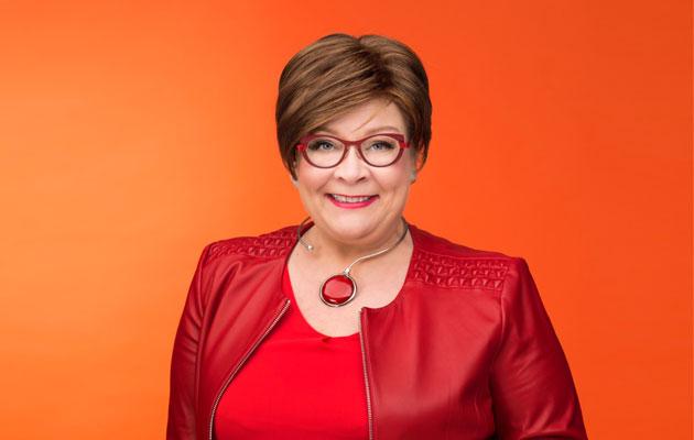 Ay-johtaja Ann Selin piti päiväkirjaa rintasyöpähoidoistaan.