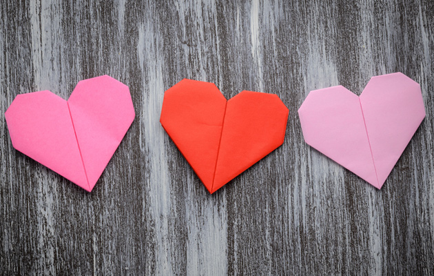origami sydämiä