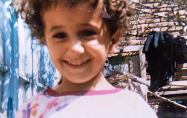 Veronica Kalhori lapsena