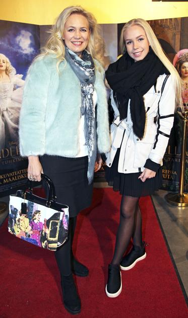 Johanna Oras tyttärensä Olivian kanssa