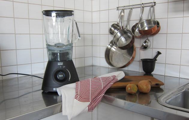 Tehosekoittimen puhdistus helposti ja nopeasti