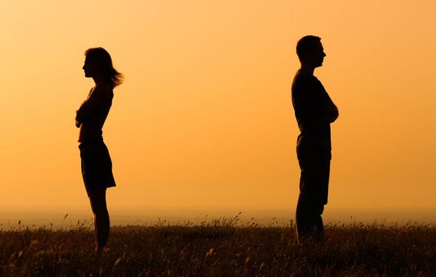 Kuva - Avioliitto kriisissä ja avioero uhkaa? Tunnista kriisi ja hae apua ajoissa