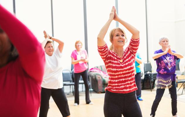 Erilaiset tanssit ovat aikuisille sopivia liikuntalajeja.