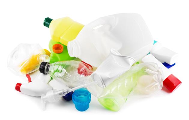 kasa muovijätettä