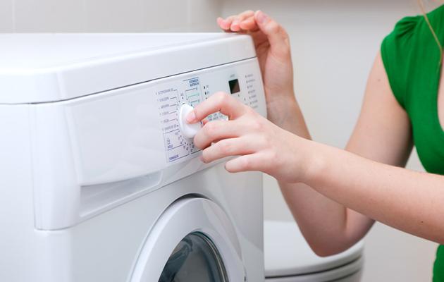 Pesukonee tulee puhdistaa säännöllisesti, jotta pyykki pysyy raikkaana.